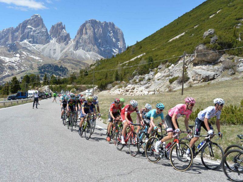 25-05-2017 Giro D'italia; Tappa 18 Moena - Ortisei - Passo Pordoi;